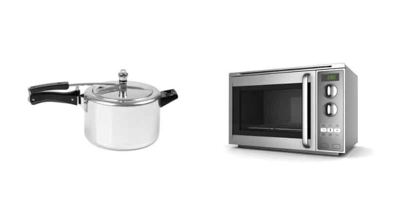 Pressure Cooker vs Microwave Oven