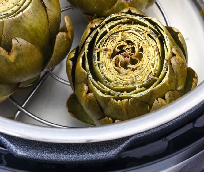 Cooked Artichokes in a Pressure Cooker
