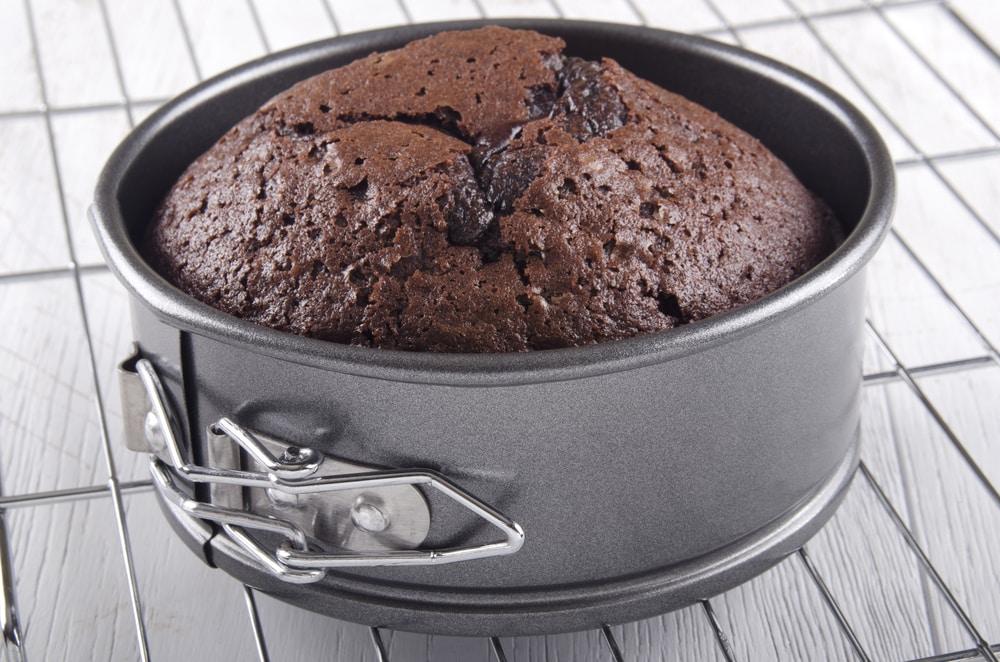 Bake Cake In Steel Bowl In Pressure Cooker