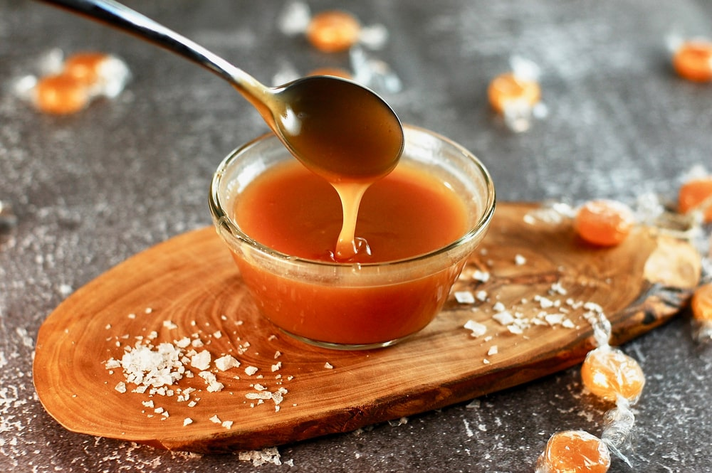 how to fix grainy caramel sauce