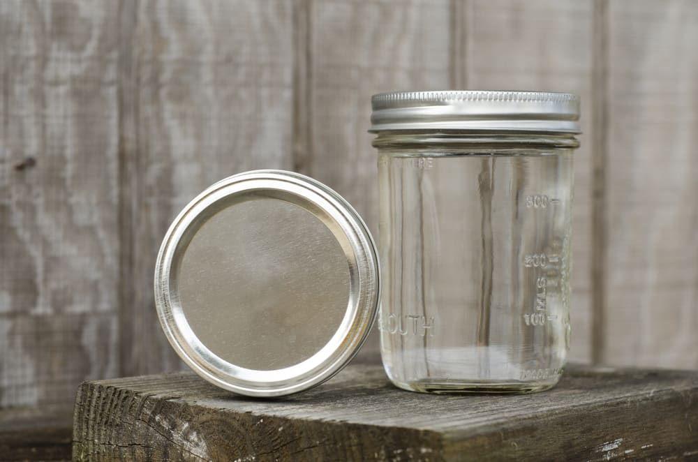 is rust on mason jar lids dangerous