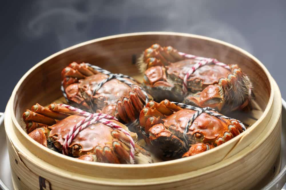 why vinegar when steaming crabs