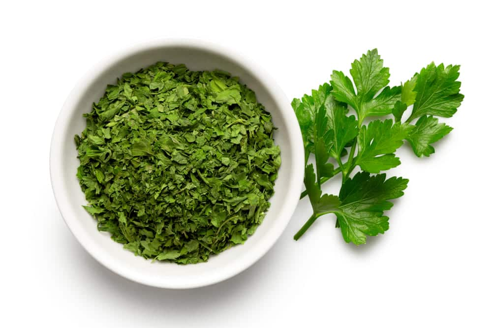 chervil vs parsley