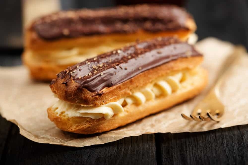 do eclairs need to be refrigerated