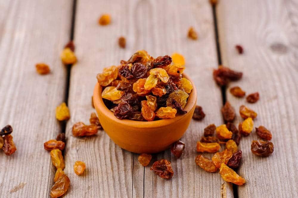 white spots on raisins