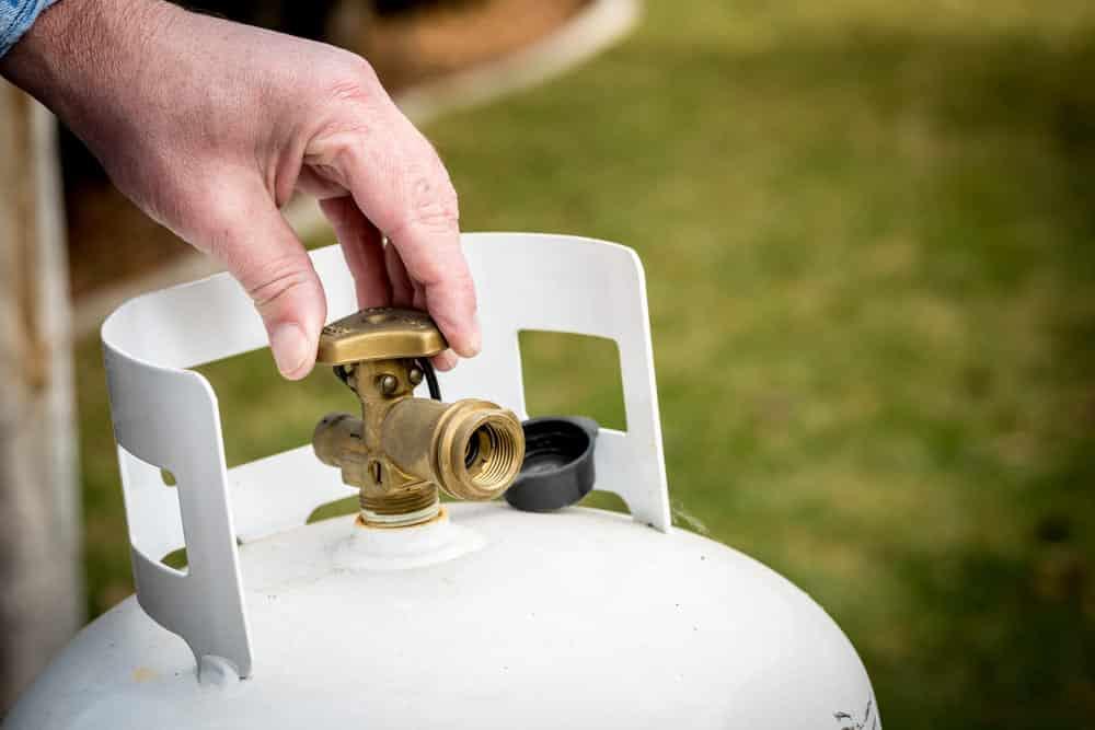 propane tank valve stuck