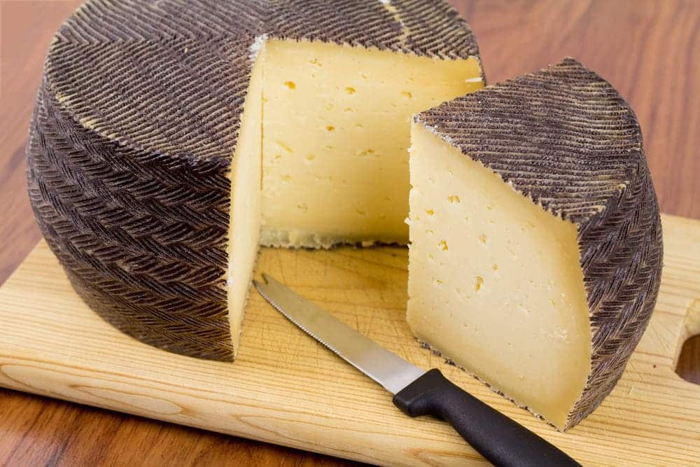 substitutes for manchego cheese