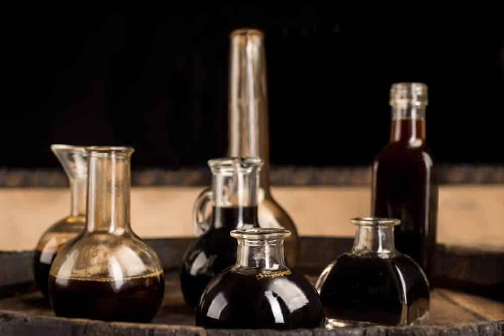 chinkiang vinegar vs black vinegar