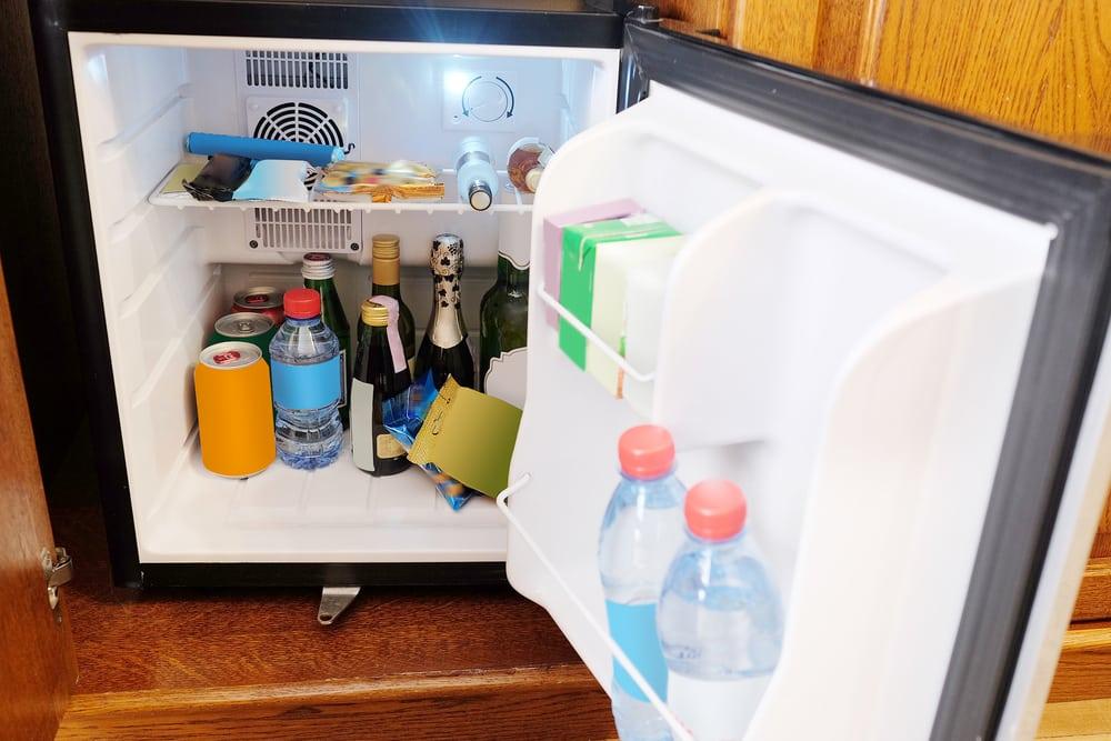 mini fridge not cooling