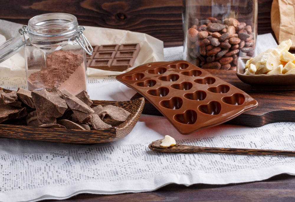 how to remove chocolate from molds